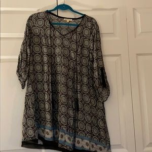 Black pattern dress. Size large.